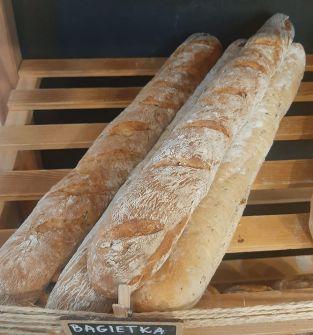 Kawiorek, bagietki, chleb tostowy